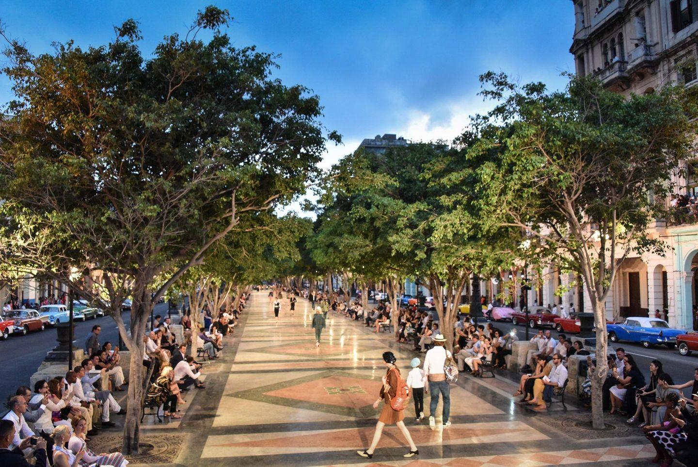 Viva Cuba! Auf der Prado Promenade in Havanna wimmelte es im Mai 2016 nur so vor Chanel-Models und Front-Row-Gästen.