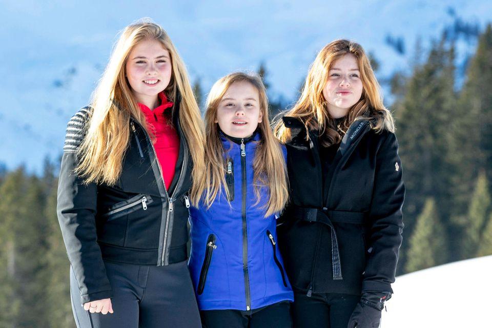 Prinzessin Amalia mitihren jüngeren Schwestern Prinzessin Ariane (Mitte)und Prinzessin Alexia.