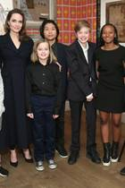 "25. Februar 2019  Angelina Jolie besucht mit allen sechs Kindern - Knox, Vivienne, Pax, Shiloh, Zahara und Maddox - das ""The Boy Who Harnessed The Wind"" Special Screening in New York City."