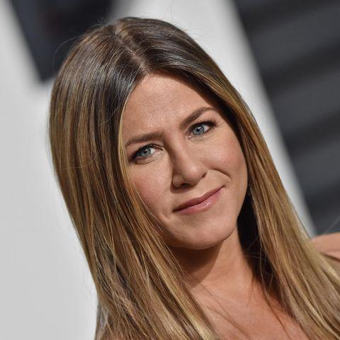 Haare glätten: Jennifer Aniston zeigt sich fast ausschließlich mit glatten, langen Haaren