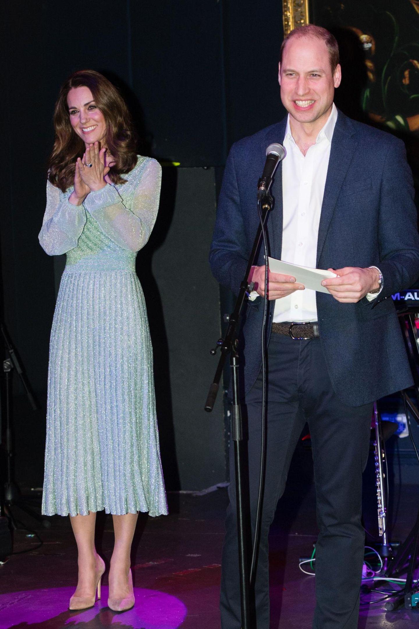 Am Abend besuchen Herzogin Catherine und Prinz William dann dieEmpire Music Hall in Belfast.