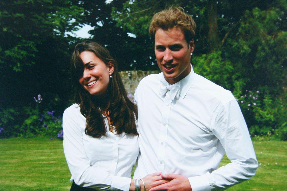 Kate Middleton und Prinz William am Tag ihres Abschlusses an der St Andrews Universität (23. Juni 2005)
