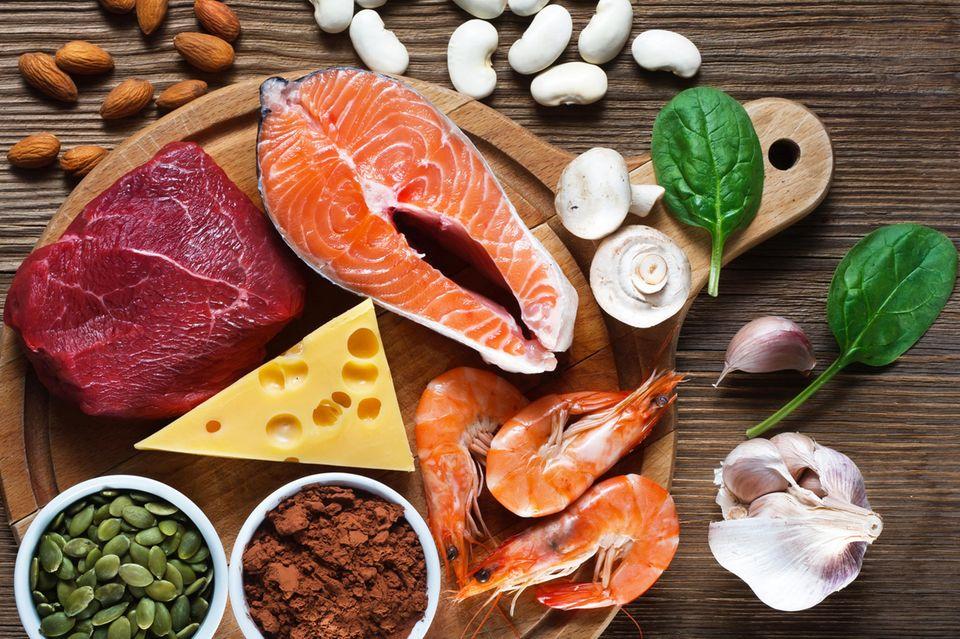 Auch viele Nahrungsmittel enthalten eine Meng an Zink.
