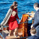Es sind filmreife Szenen, die sich in Kopenhagen abspielen: Prinzessin Mary steigt in Heels und Kleid aus dem Boot, als hätte sie etwas anderes getan.