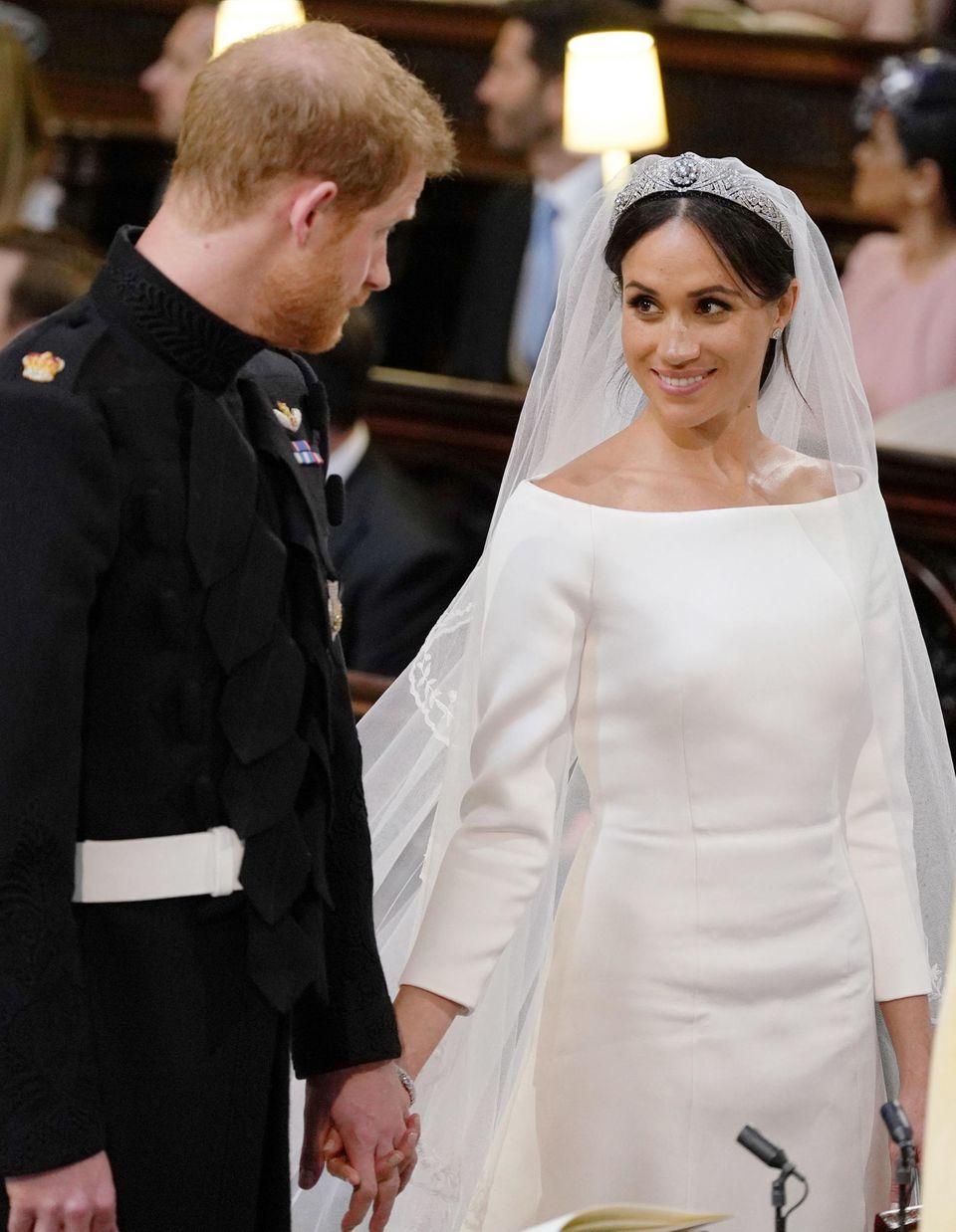 Auch Prinz Harry war ganz verzaubert vom Braut-Make-up seiner Liebsten.