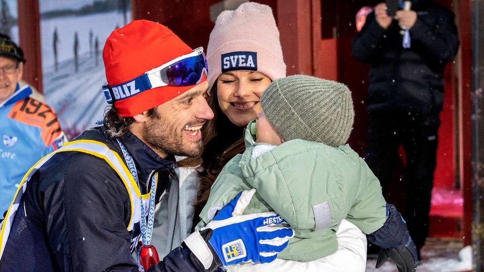 Prinz Carl Philip mit Ehefra Sofia und Sohn Gabriel
