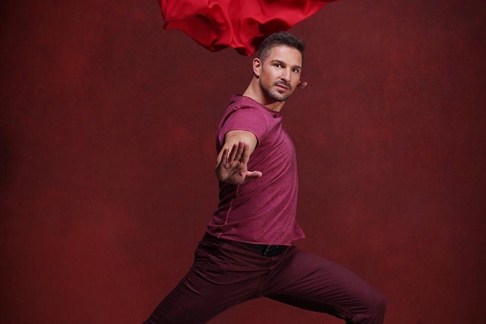 """Benjamin Piwko  Mit seiner Hauptrolle in der Krimireihe """"Tatort"""" (Folge: """"Totenstille"""") wurde der Promi-Kandidat in der Rolle """"Ben Lehrer"""" bekannt.Das Besondere: Der 38-Jährige ist gehörlos. Das gab es noch nie bei """"Let's Dance""""!"""