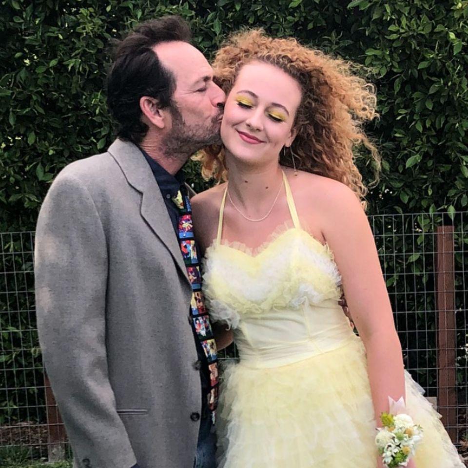 Luke Perry und seine Tochter Sophie. Den rührenden Vater-Tochter-Schnappschuss postete Sophie am 27. Juni 2018