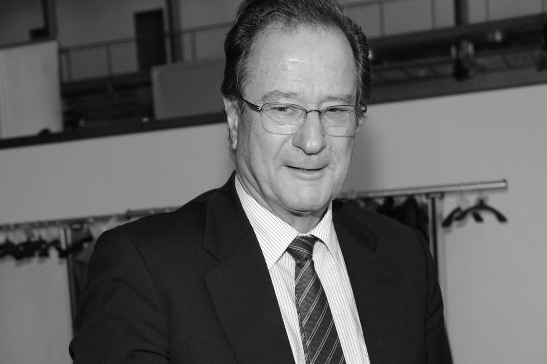 Klaus Kinkel (†82)