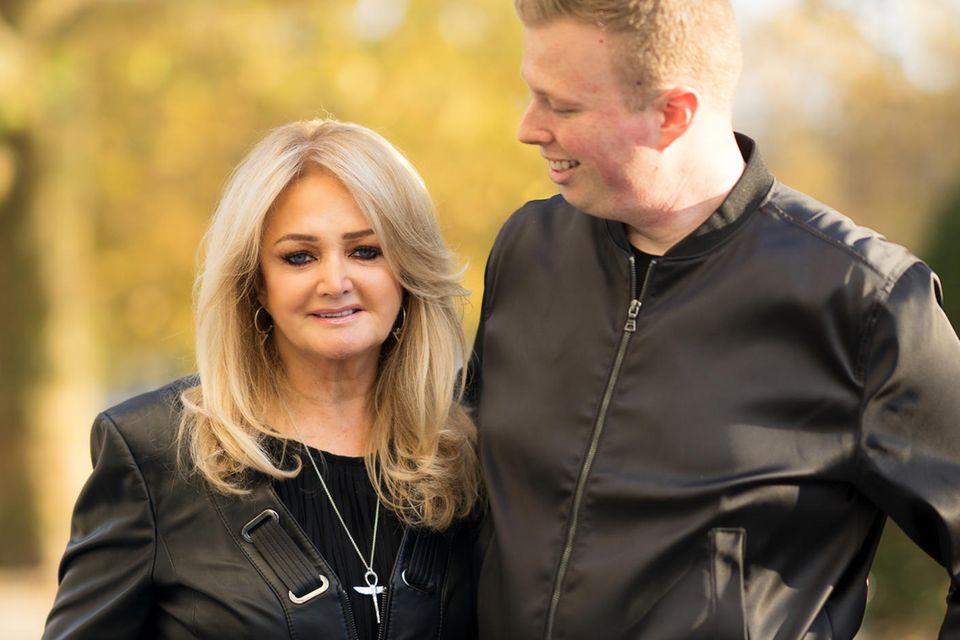 Bonnie Tyler, GALA-Redakteur Steffen Fischer