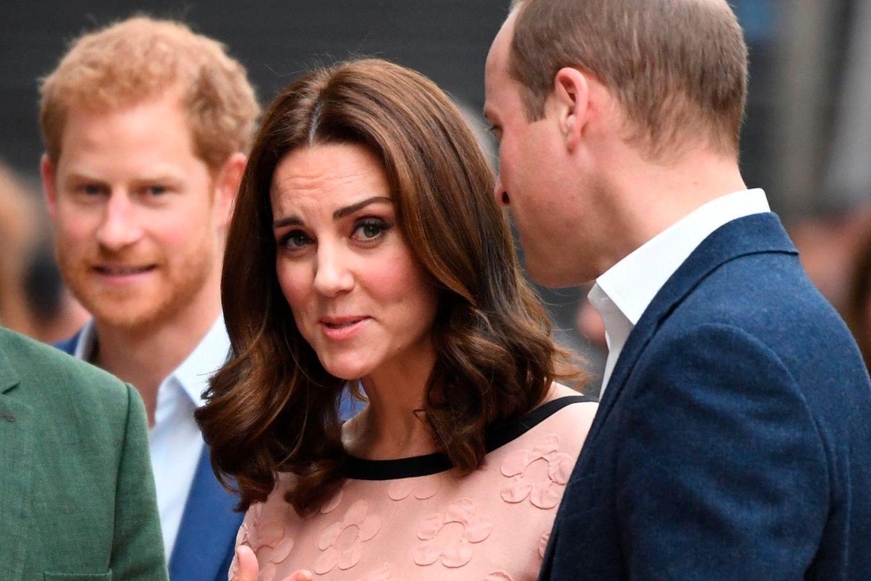 Herzogin Catherine wird von anderen Royals aufgezogen