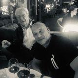 """""""Ich komme nie nach London ohne ein ordentliches Abendessen mit Papa, Sir Michael Cane"""", postet Hollywoodstar Vin Diesel. Schauspielkollege Michael Cane ist selbstverständlich nicht Vins Vater, die Bezeichnung dürfte aber viel über ihre jahrelange Freundschaft sagen."""