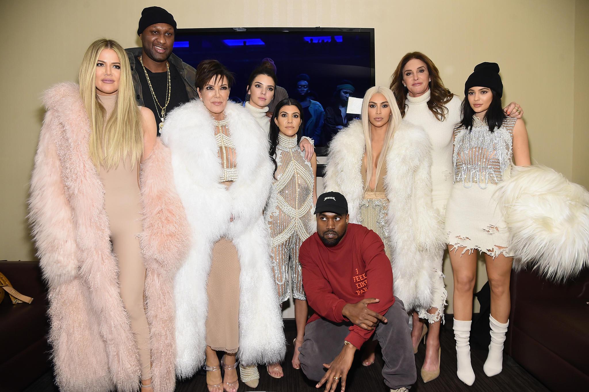 """Der Kardashian-Clan, hier 2016, lässt seit 2007 den Familienalltag für die Serie """"Keeping Up With The Kardashians"""" filmen."""