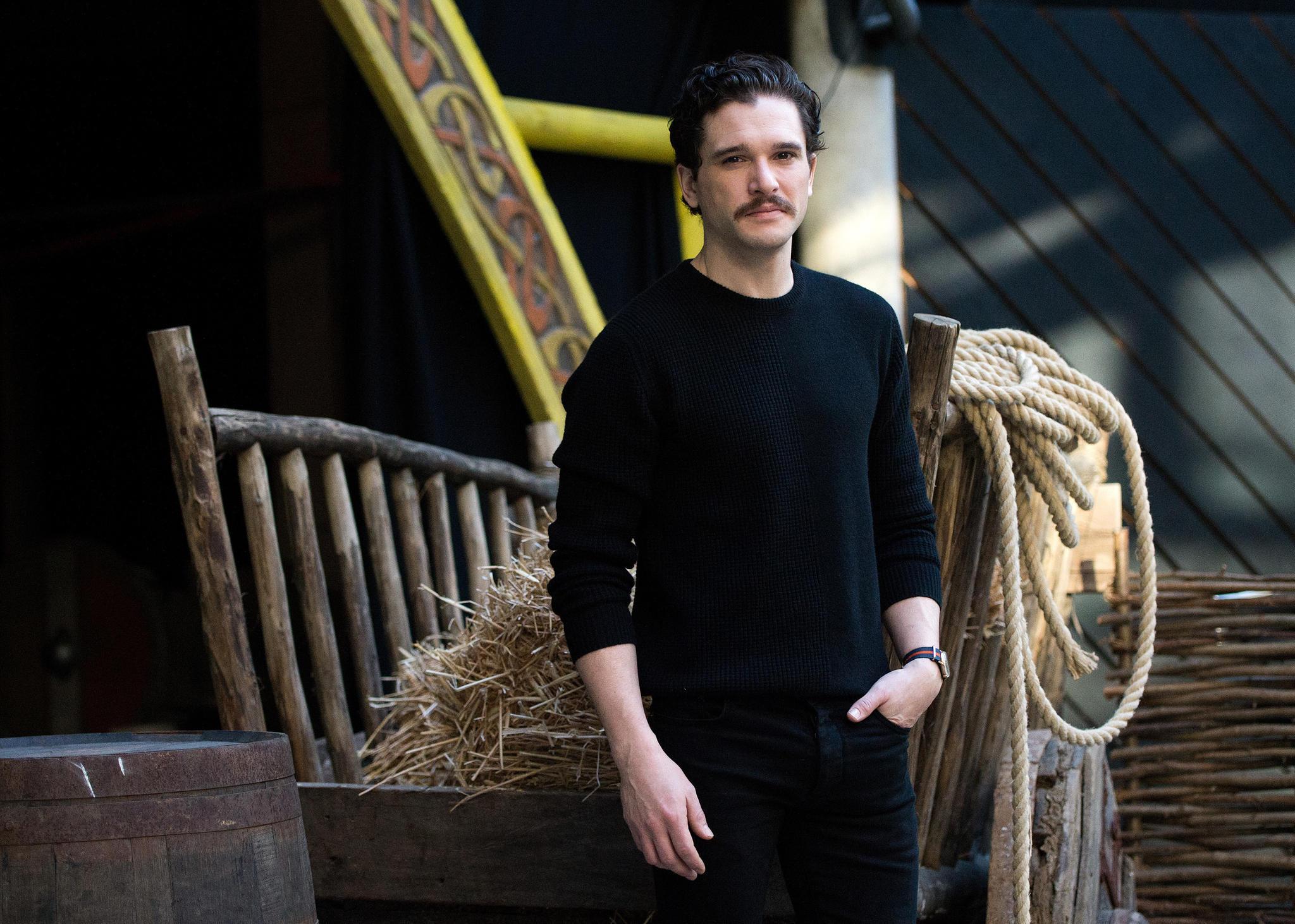 """Kit Harington alias """"Jon Snow"""" - Steckbrief, News und Bilder ❄️"""