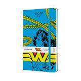 """Ihre kühnsten und mutigsten Ideen und Pläne können Sie ab sofort in einem besonders passendem Notizbuch aufschreiben und sammeln. Die Limited """"Wonder Woman"""" Collection von Moleskine besticht durch coole Pop-Art-Motive und ist ein Must-Have für alle Powerfrauen.Von Moleskine, ca. 24 Euro"""