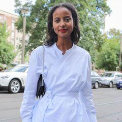 """Sara Nuru gewann 2009 die vierte Staffel von """"Germany's Next Topmodel"""", doch mittlerweile ist sie so viel mehr: Mit ihrem Unternehmen """"nuruCoffee"""" verkauft sie fair gehandelten Kaffee aus Äthiopien und unterstütz so Hilfsprojekte und vor allem Frauen in ihrer Heimat, sie ist Botschafterin der deutschen NGO """"Menschen für Menschen"""" und nutzt ihre Bekanntheit, um sich für einen bewussteren Umgang mit der Umwelt stark zu machen."""