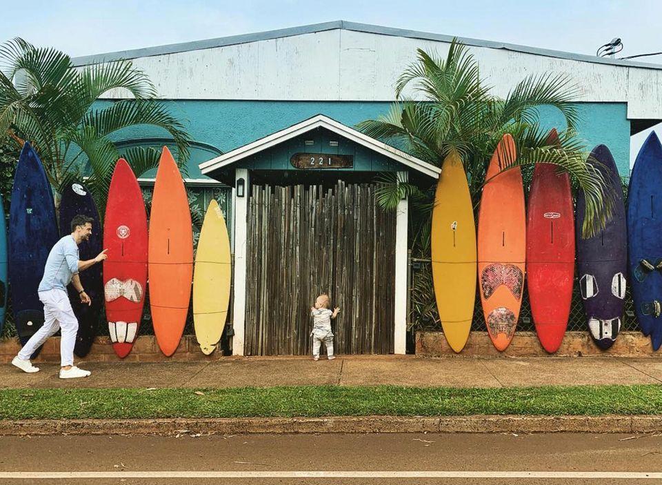 8. März 2019  Früh übt sich, wer ein Surfer werden will... Mini C macht sich schon mal alleine auf den Weg.