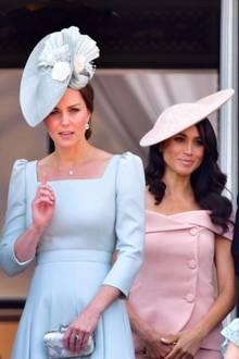 Herzogin Catherine und Herzogin Meghan - zwei Frauen, die die Öffentlichkeit bewegen