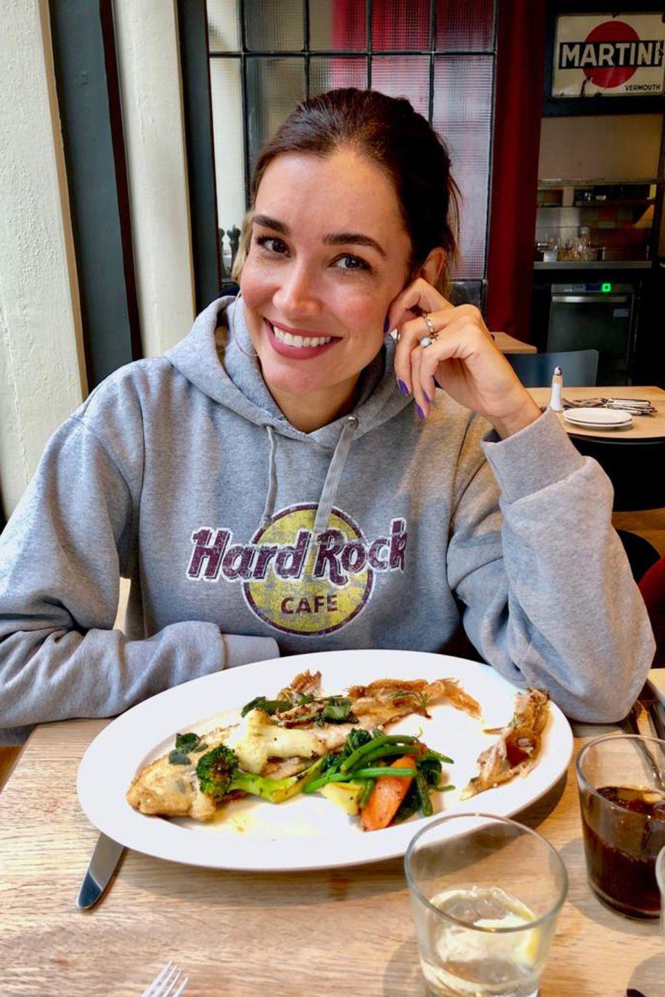 Food Journal: Mittags isst Jana Ina Zarrella gegrillten Fisch mitGemüse