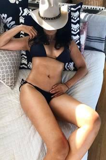 Wow! Kaum zu glauben, dass Padma Lakshmi bereits 48 Jahre alt ist. Auf Instagram teilt die Schauspielerin diesen sexy Bikini-Schnappschuss und macht einige ihrer Follower sicherlich neidisch.