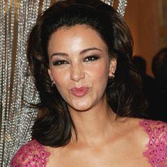 2006  Noch immer setzt Verona Pooth auf die perfekte Föhnfrisur, die sie bei der Bertelsmann-Party mit einem Haarreif nach hinten nimmt.