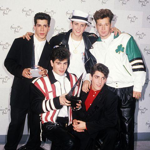 """New Kids on the Block  Anfang der Neunziger waren Danny Wood, Jordan Knight, Joey McIntyre, Jonathan Knight und Donnie Wahlberg (v.l.) als die Boygroup """"New Kids on the Block"""" auf dem Höhepunkt ihrer Karriere. """"Step by Step"""" war einer ihrer größten Hits."""