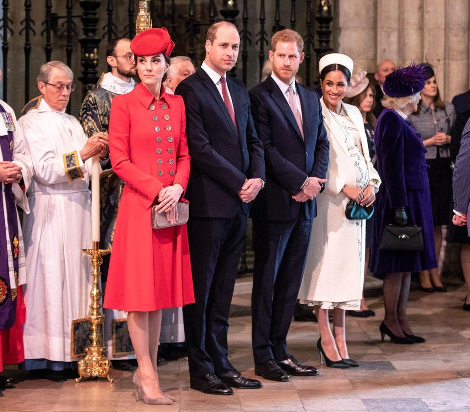 Kate, William, Harry und Meghan nehmen in der Westminster Abbey an dem Commonwealth-Gottesdienst teil.