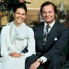 12. März 1976  König Carl Gustaf gibt seine Verlobung mit der Deutschen Silvia Sommerlath bekannt.