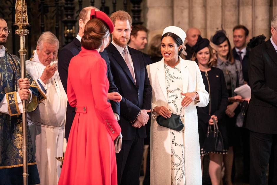 Herzogin Catherine und Herzogin Meghan gingen liebevoll miteinander um