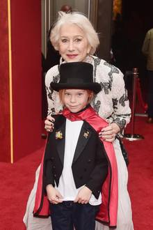 11. März 2019  Helen Mirren hat ihren zauberhaften Enkel Waylon Hackfordzur Premiere mitgebracht.