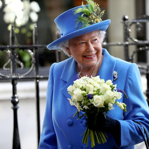 Queen Elizabeth liebt es, Geschenke zu machen