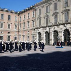 Für die richtige musikalische Untermalung im Schlosshof sorgt die Militärkapelle.