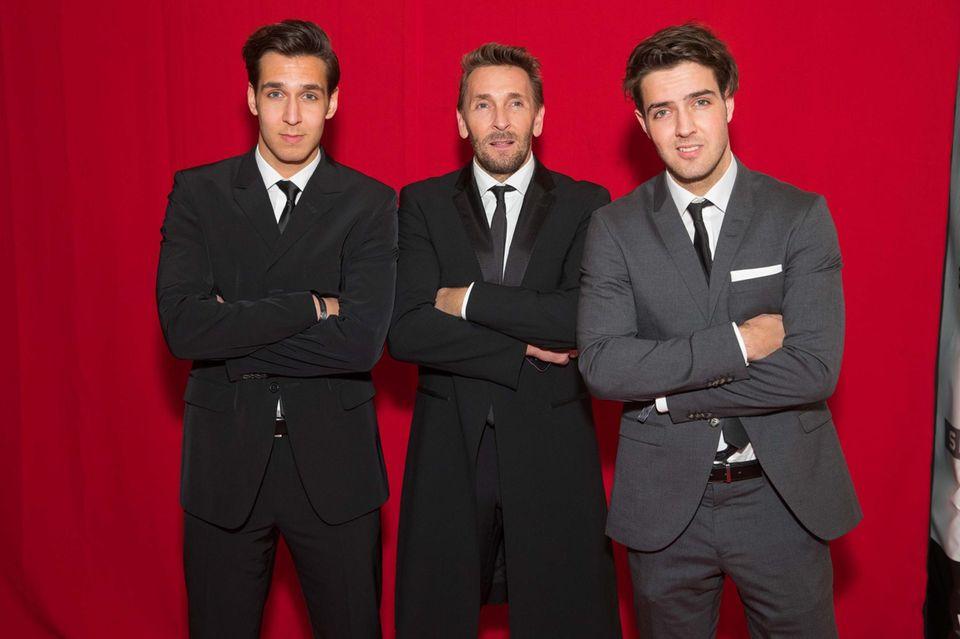 Mark Keller (Mitte) mit seinen Söhnen Joshua (l.) und Aaron (r.) auf dem Wiener Filmball im April 2016