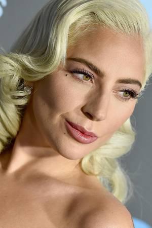 """Lady Gaga bringt mit """"LG6"""" ihr sechstes Album auf den Markt"""