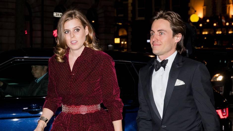 Prinzessin Beatrice mit ihrem Freund Edoardo Mapelli Mozzi bei der Portrait Gala in London