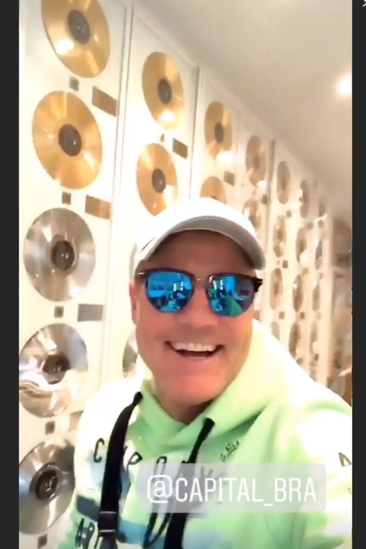 Dieter Bohlen feiert zu den aktuellen Beats von Capital Bra