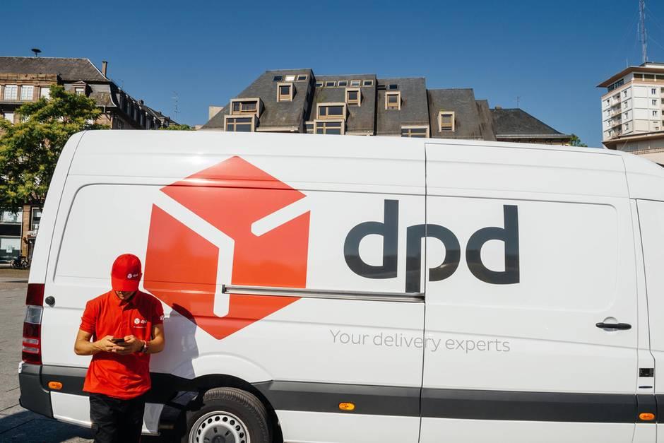 DPD könnte schon bald Extrakosten für die Zustellung an die Haustür verlangen