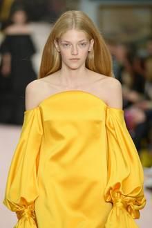 Trendfarbe Aspen Gold beiCarolina Herrera.