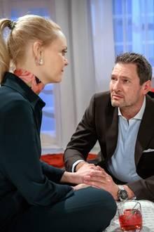 """""""Sturm der Liebe"""": Christoph (Dieter Bach) versucht Annabelle (Jenny Löffler) aufzumuntern.Folge 3111 wird voraussichtlicham 21. März 2019 ausgestrahlt"""
