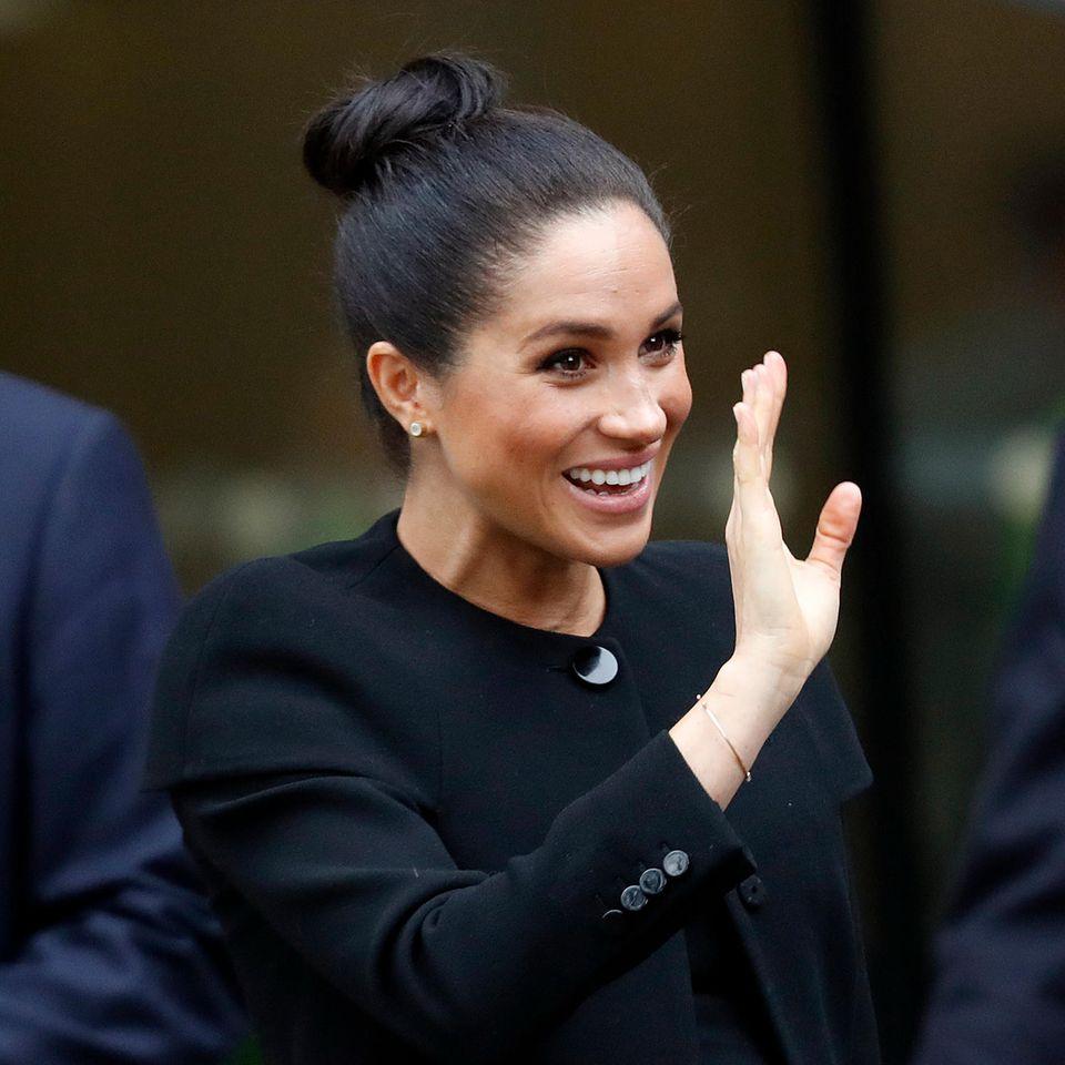 """Herzogin Meghan sagt """"Bye, bye!"""" zur Öffentlichkeit. Das aber nur, keine Sorge, bis zur Geburt von Baby Sussex"""