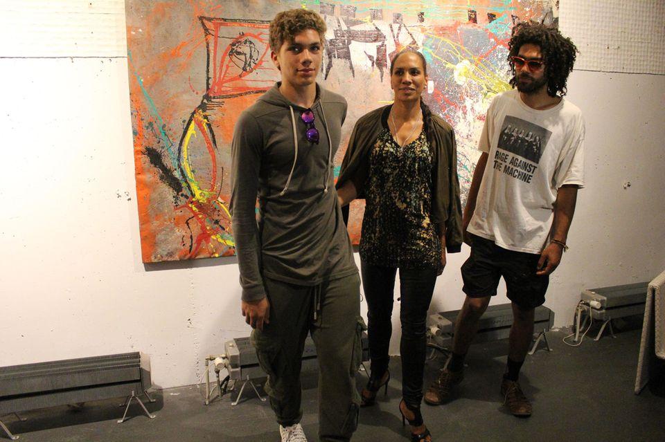 Barbara Becker mit ihren Söhnen Elias (links) und Noah (rechts)