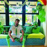 Die volle Dröhnung Grün gibt sich Liam Hemsworth. Schließlich war seine Großmutter Irin, und darauf ist er mächtig stolz.