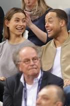 """""""Bachelor""""-Siegerin Jennifer Lange und Andrej Mangold beim Basketballspiel im Bonner Telekom Dome am 17. März"""