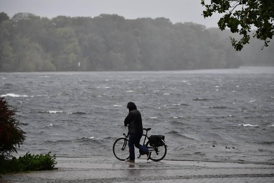 Sturm und Regen in Deutschland