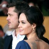Zwei Jahre später haben Angelina und Brad genug von ihren hellen Haaren. Sie lassen sich beide auf einen dunkleren Look ein. Wessen Idee das wohl war?
