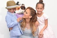 Jennifer Lopez mit ihren Zwillingen Maximilian und Emme