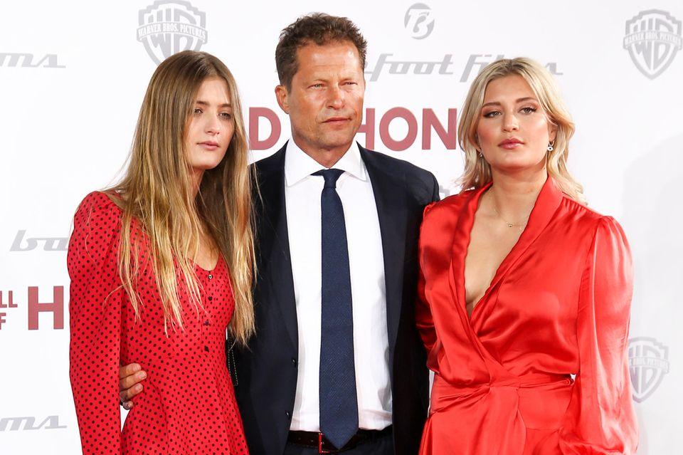 Til Schweiger mit seinen Töchtern Lilli (l.) und Luna