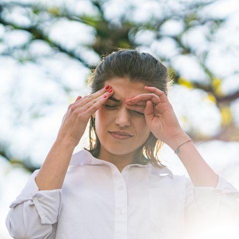 Eine Allergie kann Kopfschmerzen auslösen