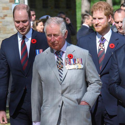 Prinz William (l.), Prinz Charles (Mitte) und Prinz Harry (r.)