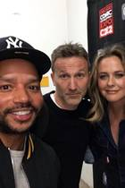 "Rollin' with the homies...   Bei der Comic- und Entertainment-Messe ""C2E2"" in Chicago haben sich Donald, Breckin, Alicia und Paul jetzt wieder getroffen, und ein Selfie für die vielen ""Clueless""-Fans da draußen ist natürlich Pflicht!"